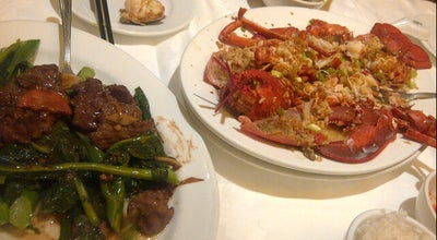 Photo of Chinese Restaurant New Sky Restaurant 小沙田食家 at 353 Spadina Ave., Toronto, ON M5T 2G3, Canada
