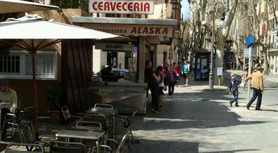 Photo of Burger Joint Alaska at Pl. Del Mercat, Palma 07001, Spain