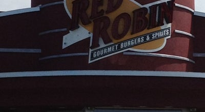 Photo of Burger Joint Red Robin Gourmet Burgers at 365 S Perry Rd, Plainfield, IN 46168, United States
