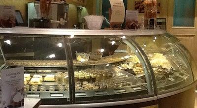 Photo of Ice Cream Shop Venchi La Rotonda Gelateria at Piazza Delle Erbe, Mantova 46100, Italy