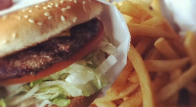 Photo of Burger Joint Douglas Burgers at 13475 Telegraph Rd, Whittier, CA 90605, United States