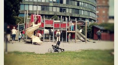 Photo of Playground Leikkipaikka Tokoinranta at Eläintarhantie 1, Helsinki 00530, Finland