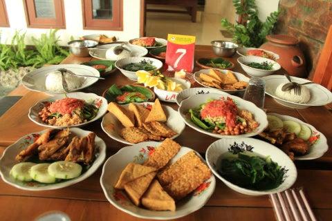 Foto Rumah Makan Khas LOMBOK Tanjung Karang Mataram