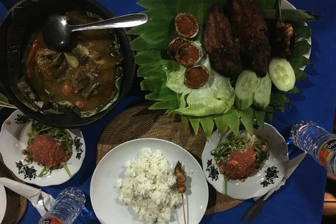 Foto Lesehan Dakota Seafood Mataram