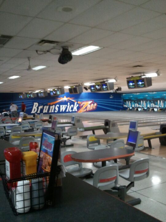 Brunswick has been a trusted name in bowling for more than a century, whether the occasion is a night out with friends or an afternoon with the kids. Guests can enjoy a game of traditional bowling fun while sampling snack bar treats with Brunswick's convenient lane-side siti-immobilier.tk: $