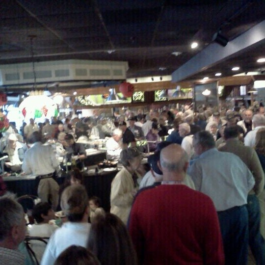 Photo taken at Phillips Seafood by Prince X. on 9/28/2011