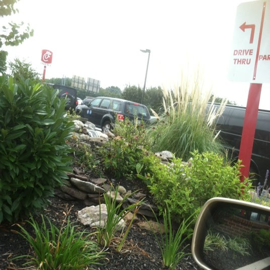 Photo taken at Chick-fil-A by Damien N. on 8/15/2012