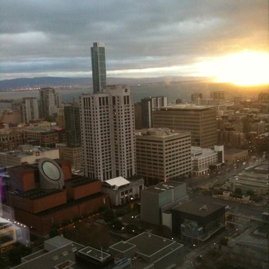 Photo taken at San Francisco Marriott Marquis by I S. on 2/15/2011