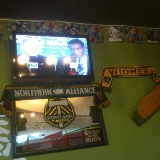 Photo taken at Pizza Schmizza Pub & Grub - Salmon Creek by Michael P. on 4/15/2012
