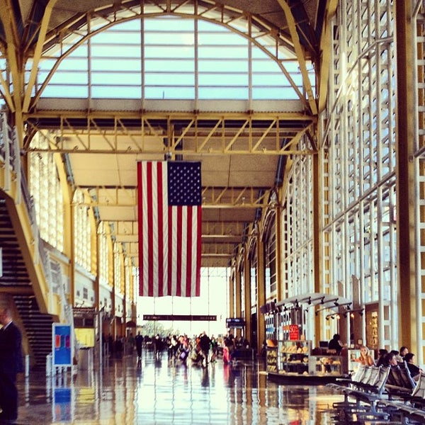 Photo taken at Ronald Reagan Washington National Airport (DCA) by Nicholas B. on 8/25/2013