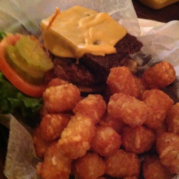 Photo taken at Tune Inn Restaurant & Bar by Tammy G. on 1/21/2013