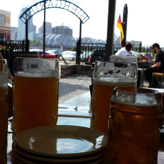 Photo taken at Hofbräuhaus Newport by Brian M. on 7/9/2014