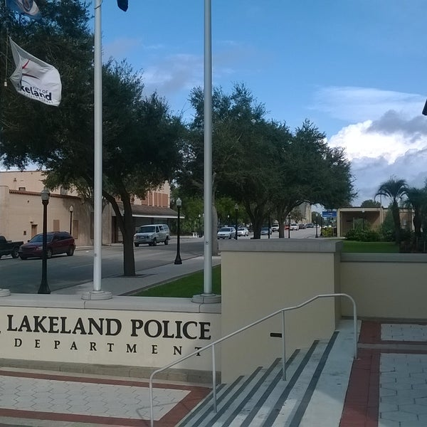 Photo taken at Lakeland Police Department by Ross on 1/22/2016