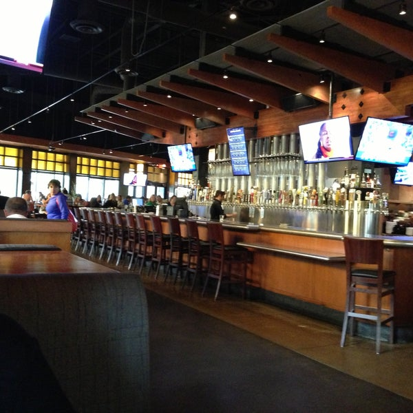 Yard House American Restaurant In Palm Beach Gardens