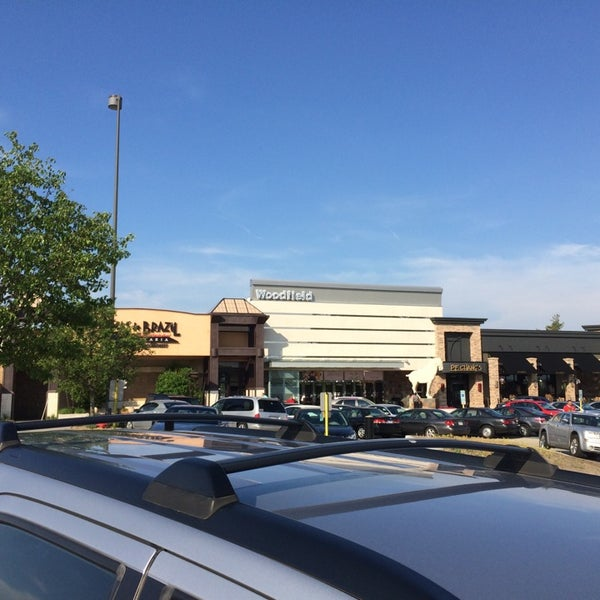 Photo taken at Woodfield Mall by Calvin H. on 6/1/2014