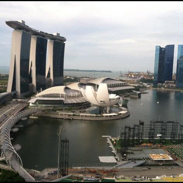 Photo taken at The Ritz-Carlton, Millenia Singapore by Shane T. on 5/24/2012