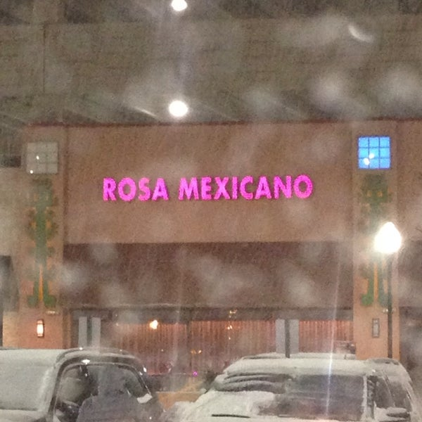 Photo taken at Rosa Mexicano by Marlo-vous on 1/3/2014