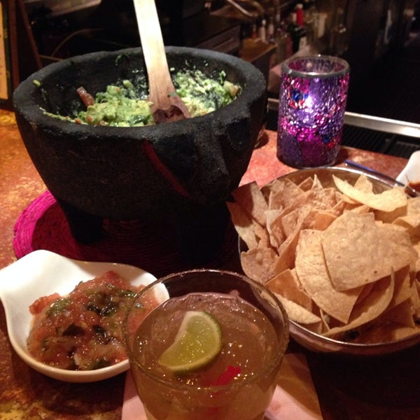 Photo taken at Rosa Mexicano by Marlo-vous on 1/28/2014
