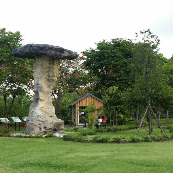 Photo taken at สวนสมเด็จพระนางเจ้าสิริกิติ์ฯ (Queen Sirikit Park) by Sittikit T R. on 5/8/2015