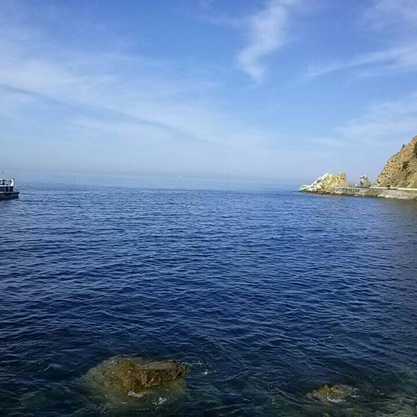 Photo taken at Santa Catalina Island by Airalin B. on 5/10/2013