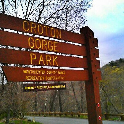 Photo taken at Croton Gorge Park by Milton on 4/23/2013