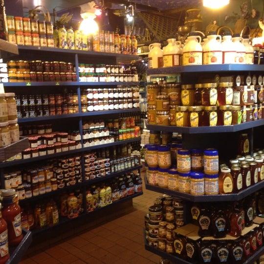 Amish Market Hell S Kitchen