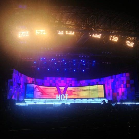 Photo taken at Trung tâm Ca nhạc Lan Anh by Võ Như Ý. on 12/12/2012