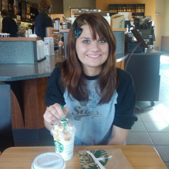 Photo taken at Starbucks by Speed W. on 9/29/2012