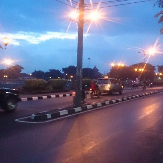 Photo taken at Alun - Alun Lor by Nafi P. on 2/7/2014