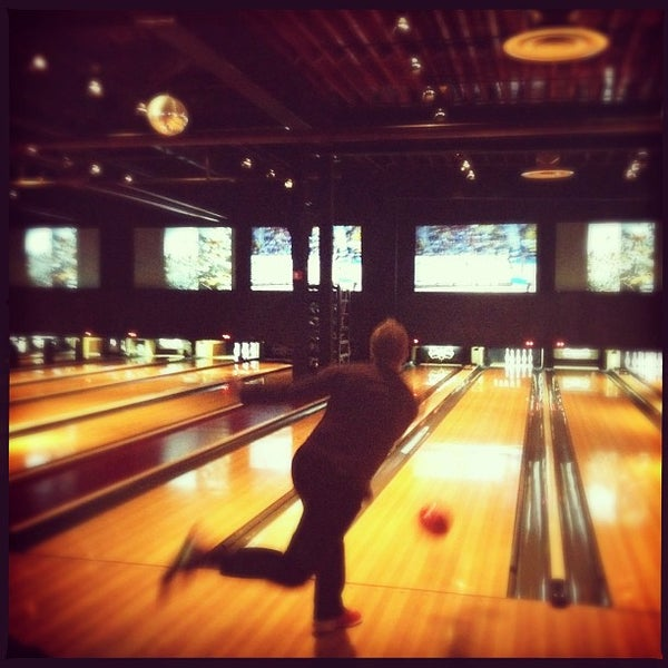 Photo taken at Brooklyn Bowl by Erica S. on 4/7/2013