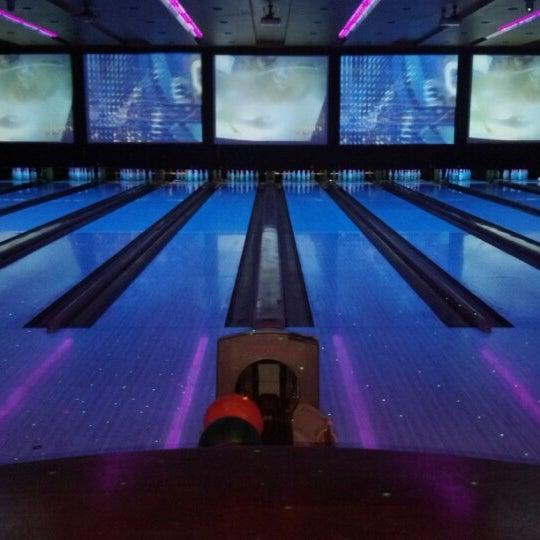 Jillians Sports Bar In Universal City Walk 83