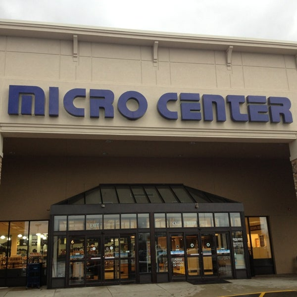 Micro Center St Davids PA locations, hours, phone number, map and driving directions.