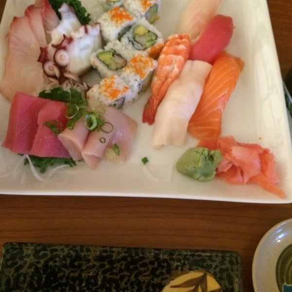Photo taken at Yabi Sushi by Debra ELLEN H. on 10/19/2014