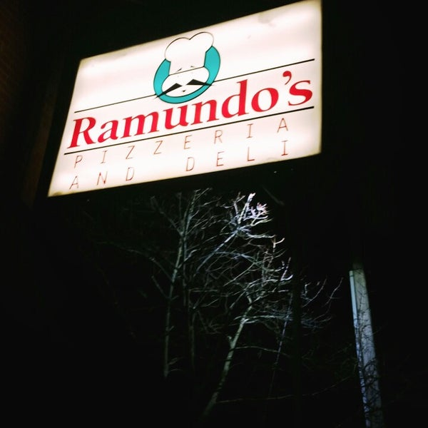 Photo taken at Ramundo's Pizza by Hamed A. on 2/8/2015