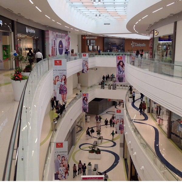 Centro Comercial Galerias: Puebla De Zaragoza, Puebla