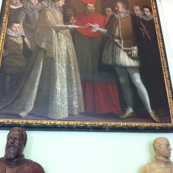 Photo taken at Uffizi Gallery by Alana F. on 4/12/2013