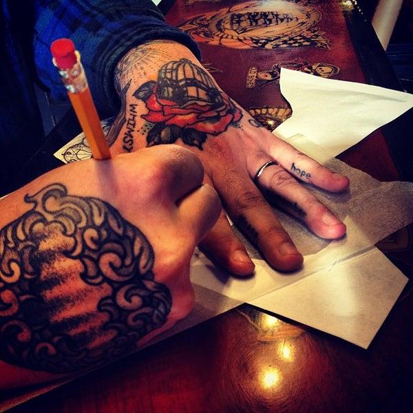 Three kings tattoo parlor williamsburg 572 manhattan ave for Tattoo shop brooklyn