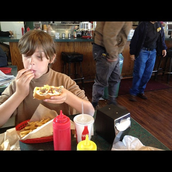 Photo taken at Great American Hamburger & Pie Co by Norsely on 11/26/2012