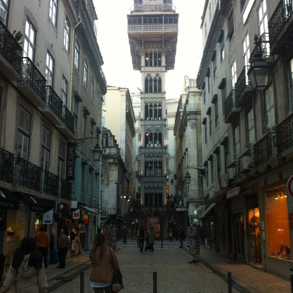 Photo taken at Elevador de Santa Justa by hassapaki on 1/31/2013