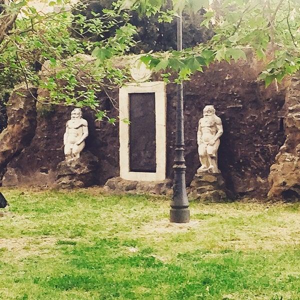 Porta magica esquilino piazza vittorio emanuele ii - Porta magica piazza vittorio ...