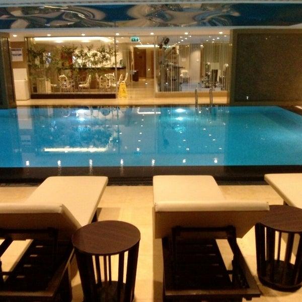 Retaj royale hotel four elements spa wellness for 4 elements salon