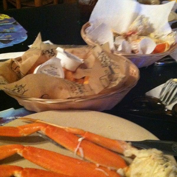 Photo taken at The Original Benjamin's Calabash Seafood by LaDonte' L. on 8/31/2014