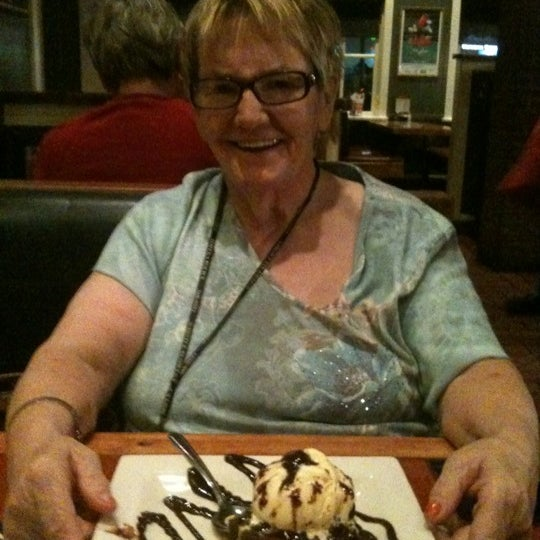 Photo taken at Chili's Grill & Bar by Mendy P. on 11/19/2012