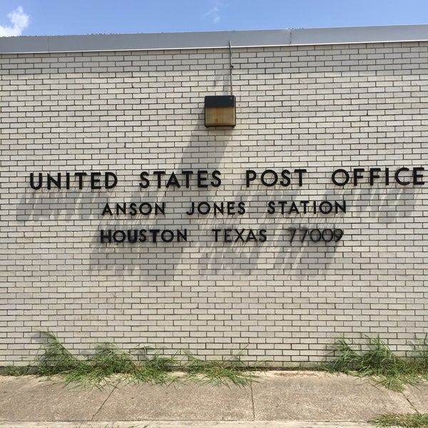 irs office houston us post office anson jones greater heights houston tx 511