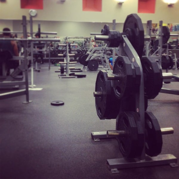 Photo taken at LA Fitness by Reinaldo I. on 1/7/2013