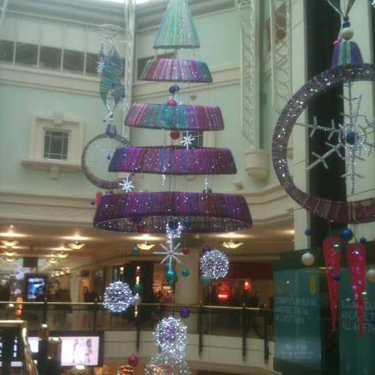 Photo taken at intu Bromley by Louise F. on 11/12/2012
