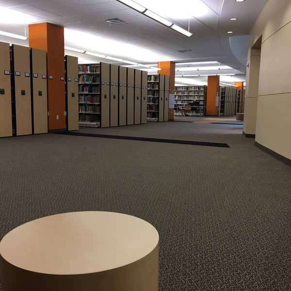 Photo taken at NSU: Alvin Sherman Library by Graeme R. on 4/16/2016