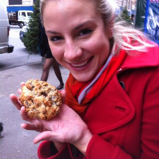 Photo taken at Levain Bakery by Daren R. on 12/1/2012