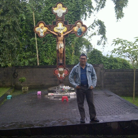 Photo taken at Gua Maria Kerep by Tjuk i. on 5/24/2013