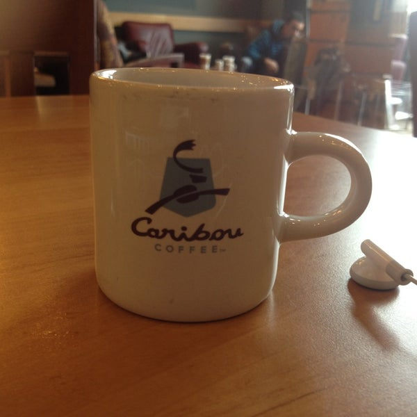 Caribou Coffee Caribou Blend A combination of sweet, spicy, and berry notes, Caribou Coffee Caribou Blend is harmoniously balanced for a relaxing, down-to-earth cup.